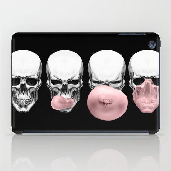 Skulls chewing bubblegum iPad Case
