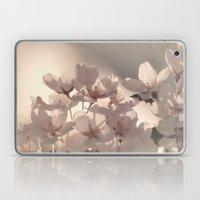 WONDERFUL SPRING Laptop & iPad Skin