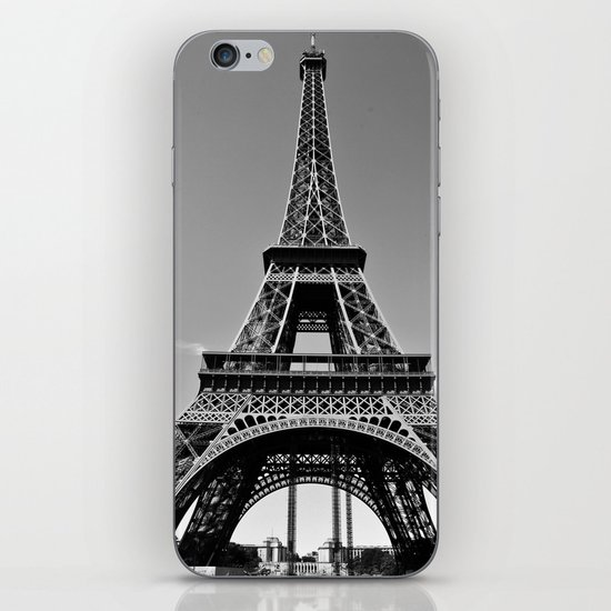 Tower Eiffel En Noir iPhone & iPod Skin