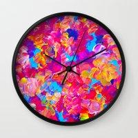 FLORAL FANTASY Bold Abst… Wall Clock