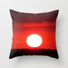 MM - Red sunset Throw Pillow