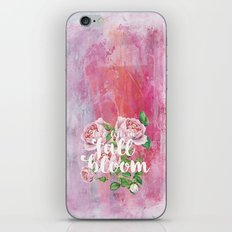 Live life in full bloom - Typography with roses iPhone & iPod Skin