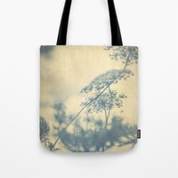 Chinoiserie -- Timeless with Queen Anne's Lace in Blue and Cream Vintage Duotone Tote Bag