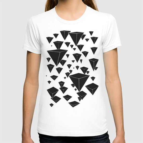 snowing pyramids II T-shirt