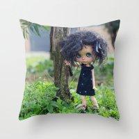 Blythe doll Throw Pillow