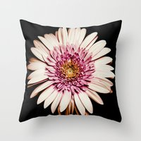 FLOWERS V Throw Pillow