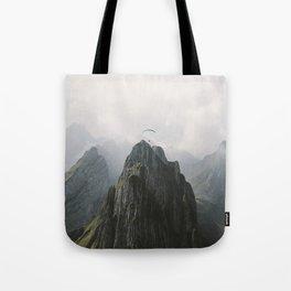 Tote Bag - Flying Mountain Explorer - Landscape Photography - regnumsaturni