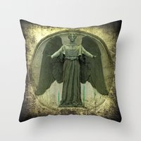 ColnaCircle Throw Pillow