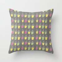 shake it  oh baby now.. Throw Pillow