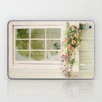 WINDOW PERFECT  Laptop & iPad Skin