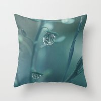 Teardrop Throw Pillow