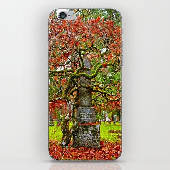Cemetery love iPhone & iPod Skin