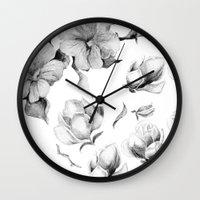 Avesso Wall Clock