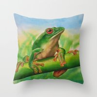 Green Treefrog Throw Pillow