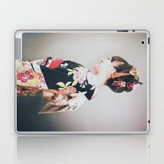 Woman japanese style Laptop & iPad Skin