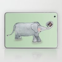 Elefant In Love Laptop & iPad Skin