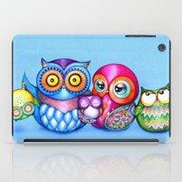 Crazy Owl Family  iPad Case