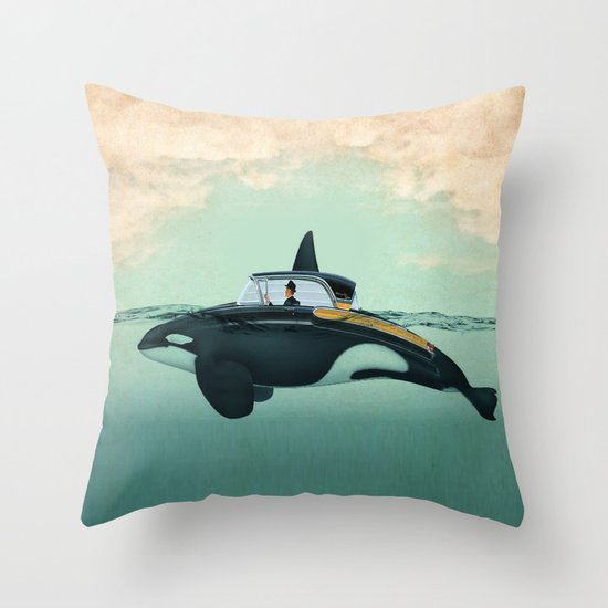 The Turnpike Cruiser of the sea Throw Pillow