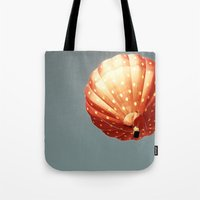 Strawberry Hot Air Baloo… Tote Bag