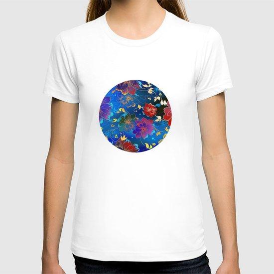 Floral Pattern 2 T-shirt