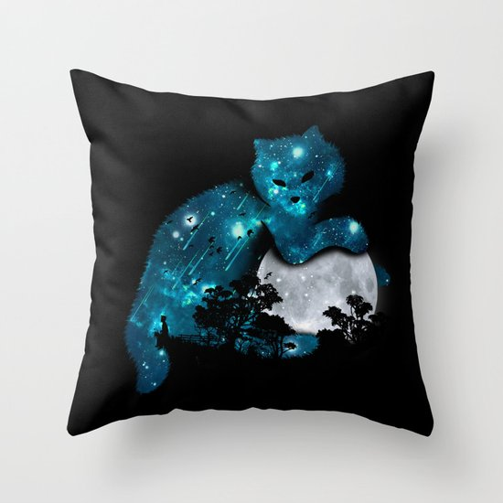 I can haz the moon Throw Pillow