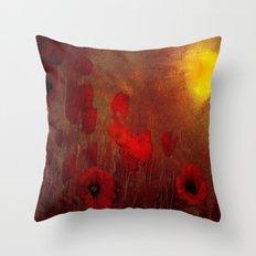 FLOWERS - Poppy heaven Throw Pillow