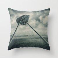Go fly a kite Throw Pillow