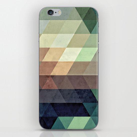 fyrryst fayl iPhone & iPod Skin