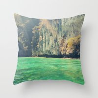 a little touch of paradise Throw Pillow