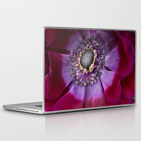 Anemone Coronaria - Macro Laptop & iPad Skin