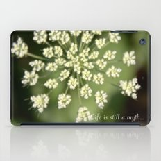 queen lace flowering head. floral garden plant photography. iPad Case