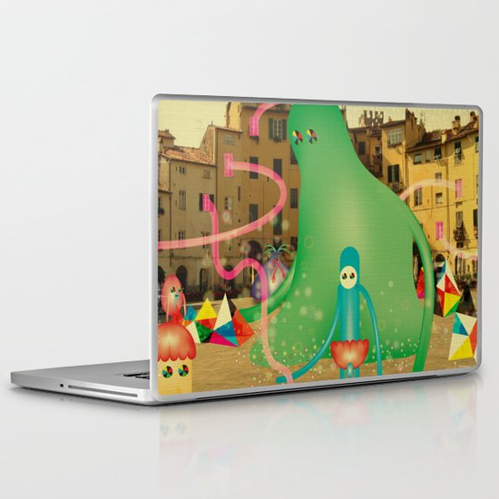 LuCCA è AbiTAtA dai MostRi Laptop & iPad Skin