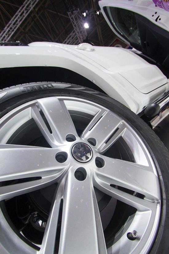 Volkswagen Amarok Highline Tire Art Print