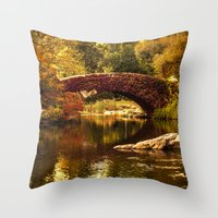 The Gapstow Bridge Throw Pillow