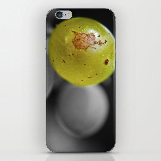 Green  iPhone & iPod Skin