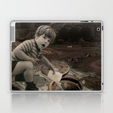 watch out for vandals Laptop & iPad Skin