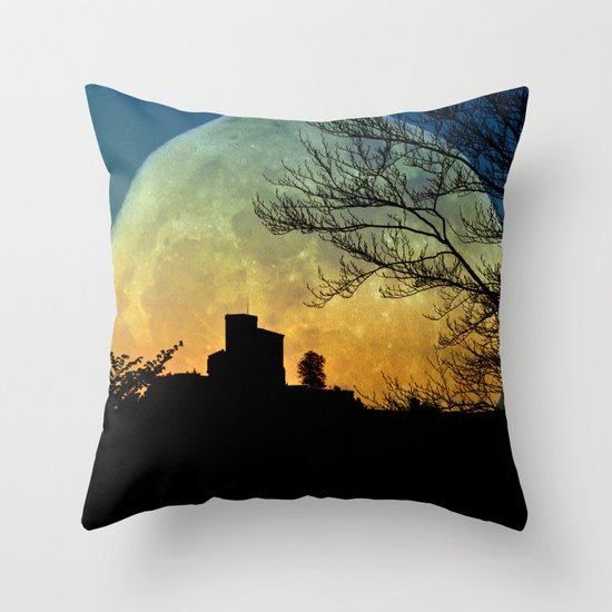Fullmoon castle Throw Pillow