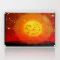 ALIEN SUN - 194 Laptop & iPad Skin