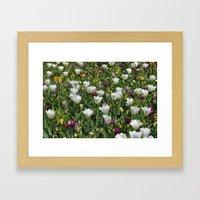 Blumen Beet  Framed Art Print