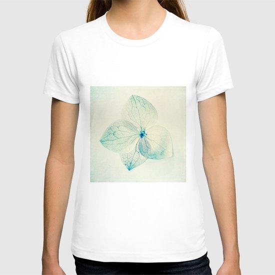 pastel hydrangea T-shirt