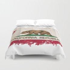 California Republic flag on woodgrain   Duvet Cover
