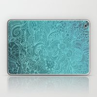Detailed Zentangle Squar… Laptop & iPad Skin