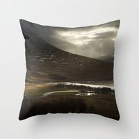 Glen Of Tranquility Throw Pillow