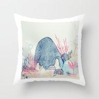 sea wonderland Throw Pillow