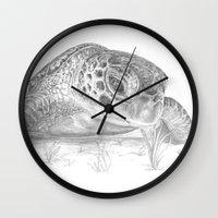 A Green Sea Turtle :: Grayscale Wall Clock
