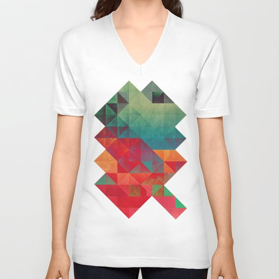 myssyng pyyce V-neck T-shirt