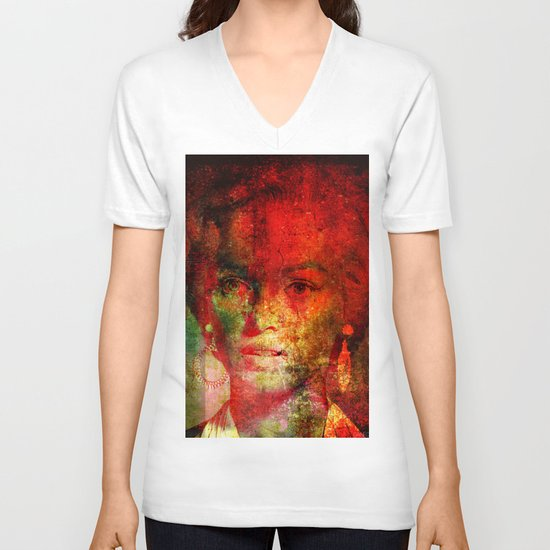 Marilyne behind the mirror V-neck T-shirt