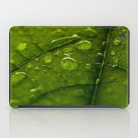Green Bubbles 2 iPad Case