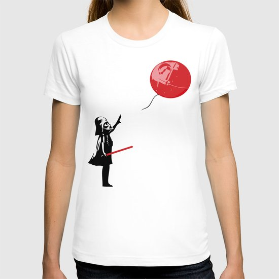 That's No Banksy Balloon (It's a Space Station) T-shirt