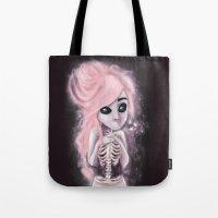 aliena skeleton Tote Bag